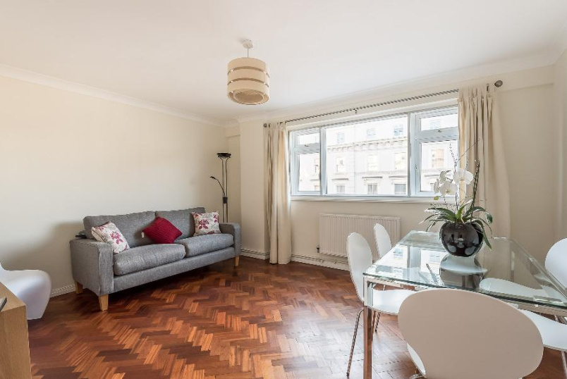 Flat to rent in Pimlico and Westminster - BELGRAVE ROAD, SW1V