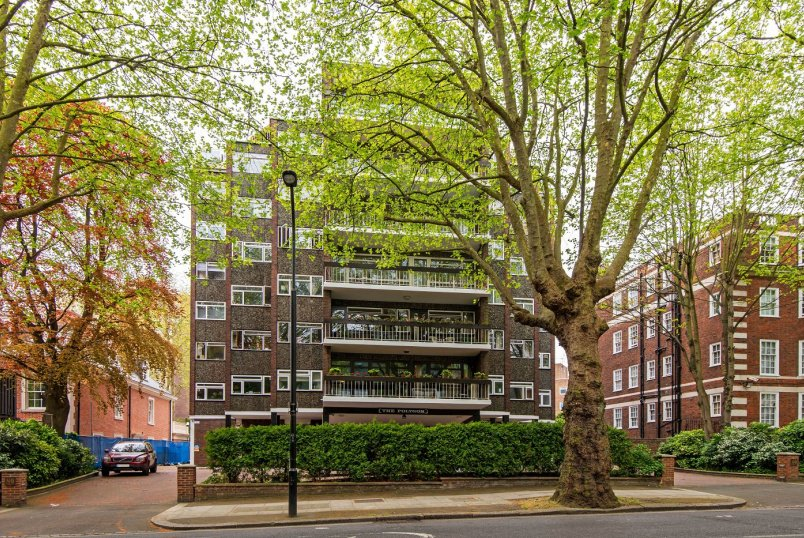 Apartment for sale in St Johns Wood - THE POLYGON, NW8 6JB