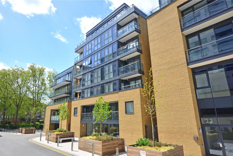 Flat/apartment for sale in Greenwich - Drew House, 21 Wharf Street, London, SE8