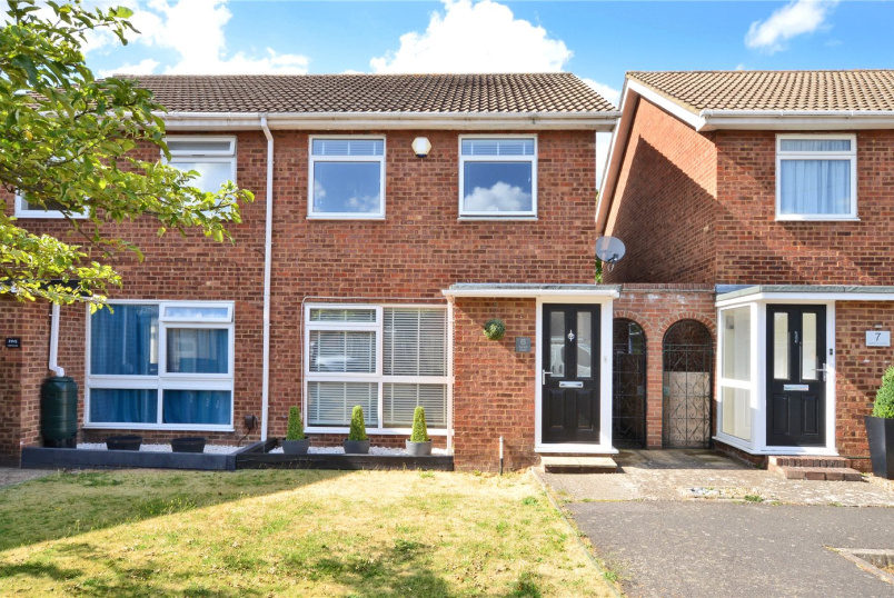 House for sale in Worcester Park - Gareth Close, Worcester Park, Surrey, KT4