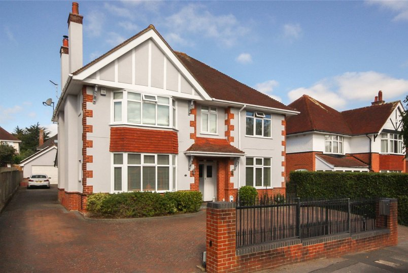 House for sale in Southbourne - Dingle Road, Bournemouth, Dorset, BH5