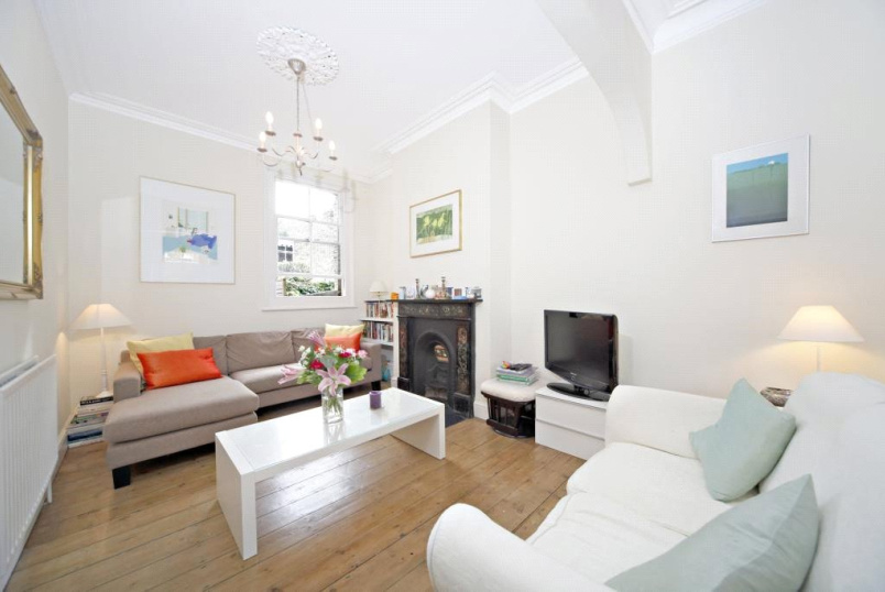 House to rent in Fulham & Parsons Green - Pursers Cross Road, Parsons Green/Fulham, SW6