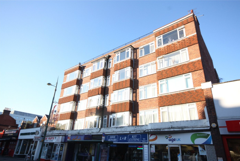 Flat/apartment to rent in Westbourne - Westbourne Court, 92-96 Poole Road, Bournemouth, BH4