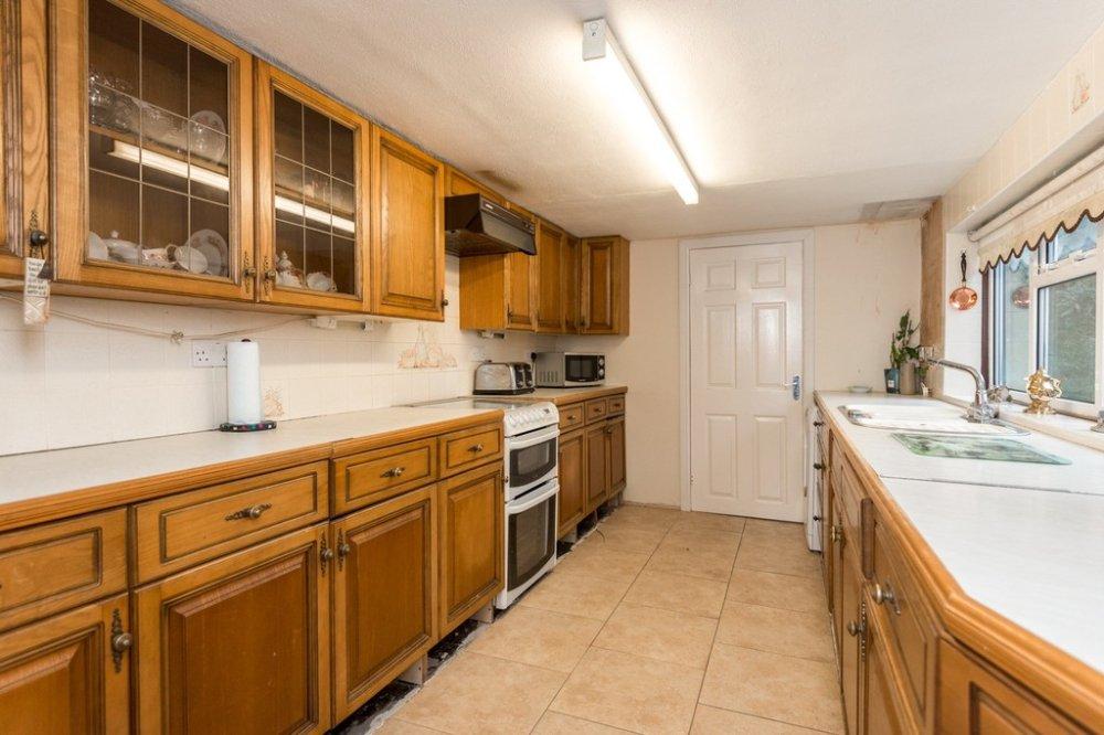 3 Bedroom Property For Sale In New Road, Eccleston Lane