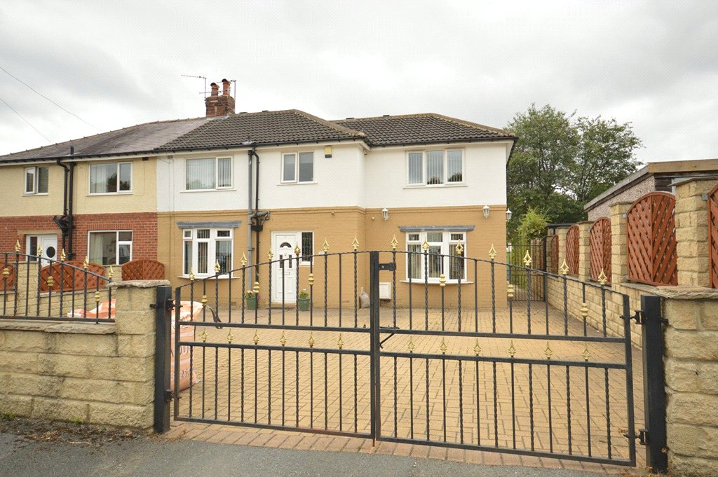 property for sale in horsforth, front of house