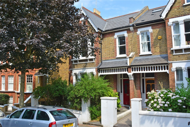 House to rent in Blackheath - Mycenae Road, Blackheath, SE3