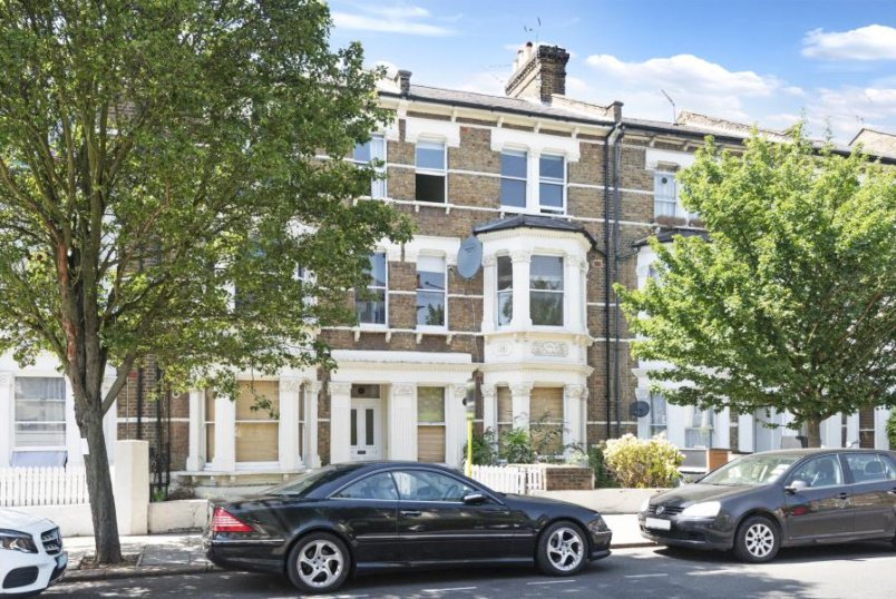 Apartment for sale in St Johns Wood - FERNHEAD ROAD, MAIDA VALE, W9 3EL