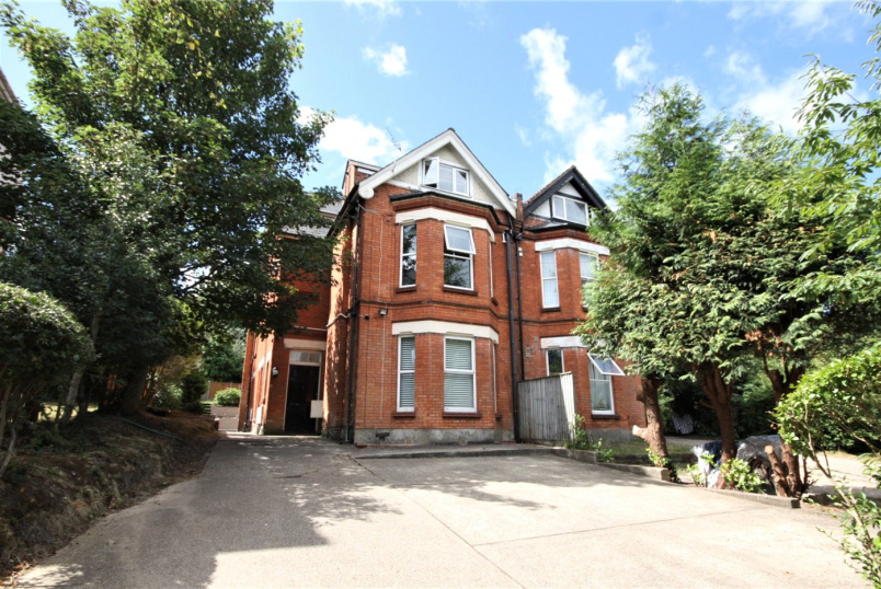 Flat/apartment for sale in Westbourne - Suffolk Road, Bournemouth, Dorset, BH2