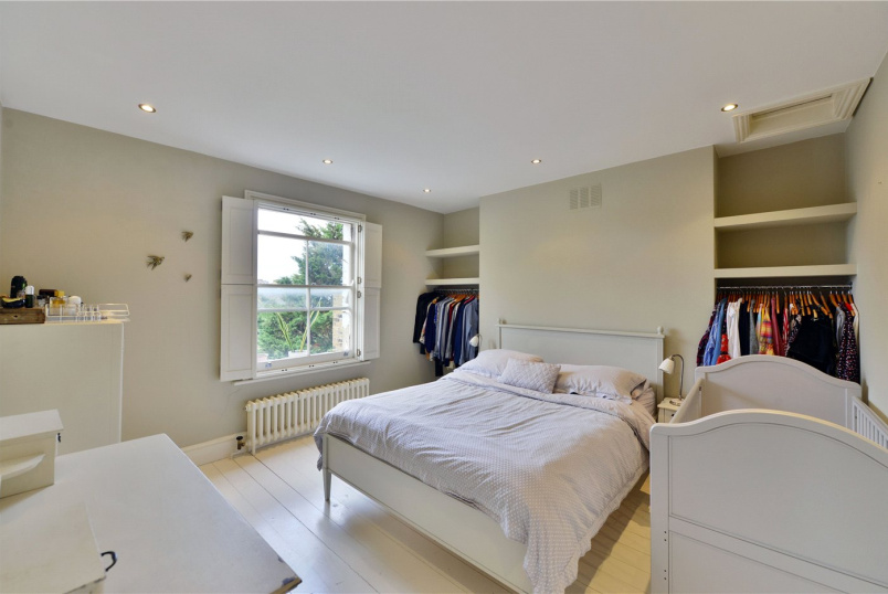 Flat/apartment to rent in Bow - Campbell Road, London, E3