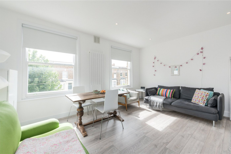 Flat/apartment to rent in Kensal Rise & Queen's Park - Bravington Road, London, W9