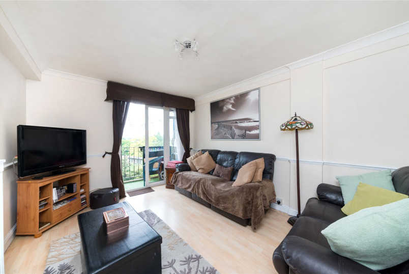 Flat/apartment for sale in North Kensington - Treverton Tower, Treverton Street, London, W10