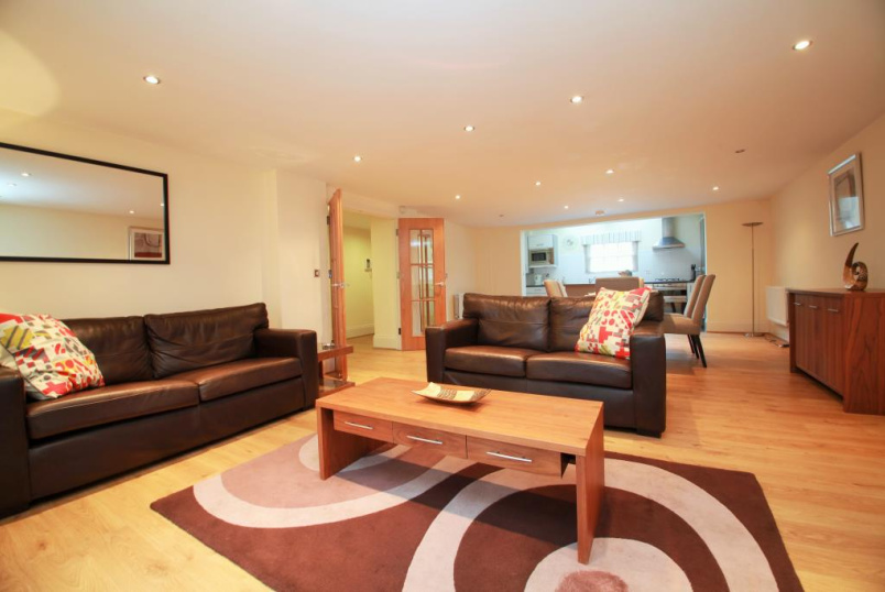 Flat/apartment to rent in Reading - Kings Road, Reading, Berkshire, RG1