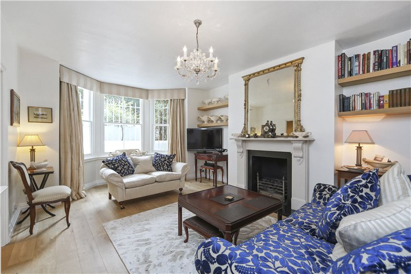 Flat/apartment for sale in Hammersmith - Sinclair Road, Brook Green, W14