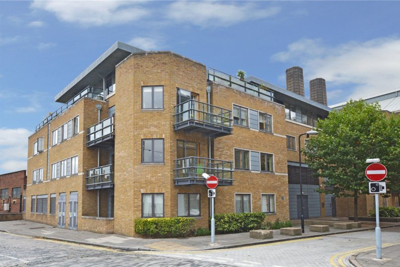 Flat/apartment for sale in Greenwich - Pipers House, Collington Street, Greenwich, SE10