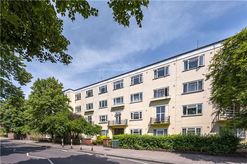 Flat/apartment for sale in Kennington - Hartington Court, Lansdowne Way, Stockwell, SW8