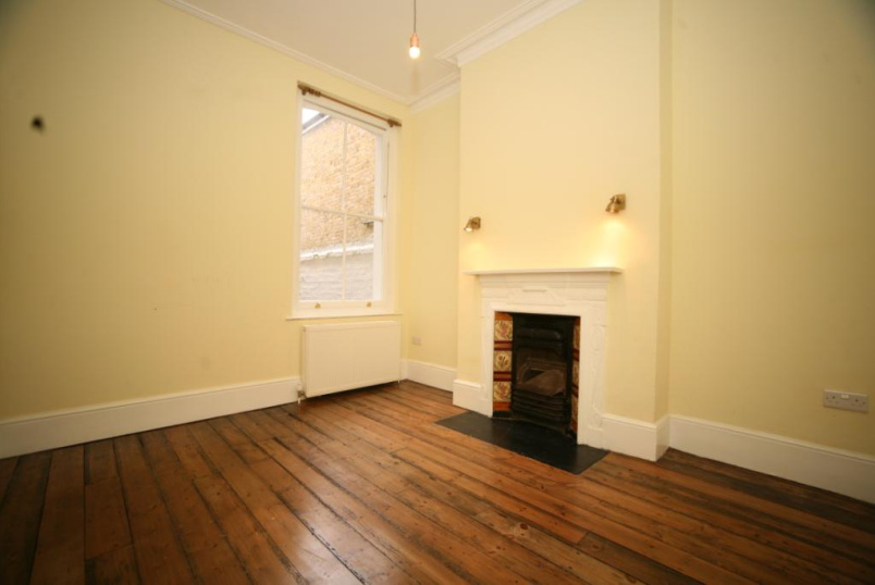 Flat/apartment to rent in Kensal Rise & Queen's Park - College Road, London, NW10