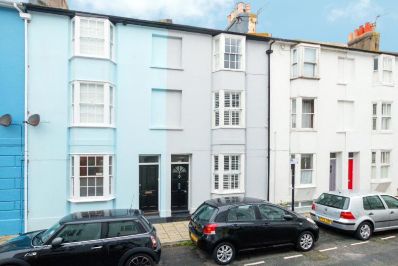 House for sale in Brighton & Hove - Over Street, Brighton, BN1