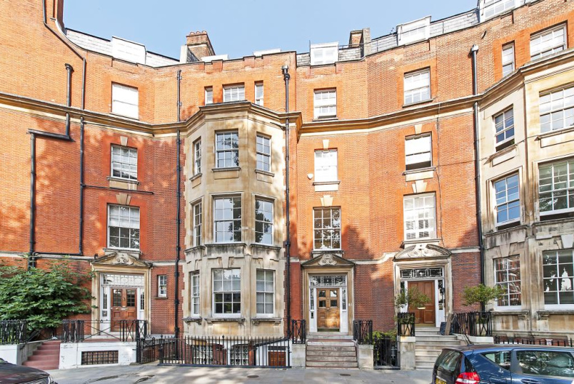 Flat/apartment to rent in Knightsbridge & Chelsea - Egerton Place, London, SW3