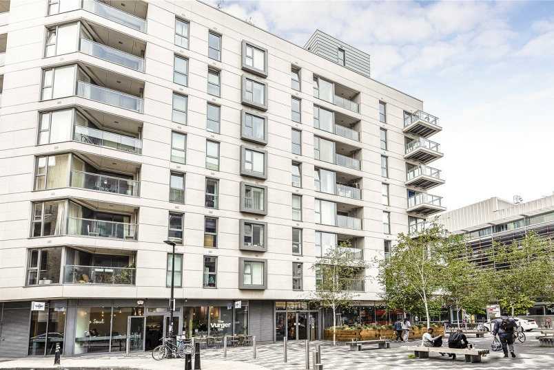 Flat/apartment for sale in Shoreditch - Courtyard Apartments, 3 Avantgarde Place, London, E1