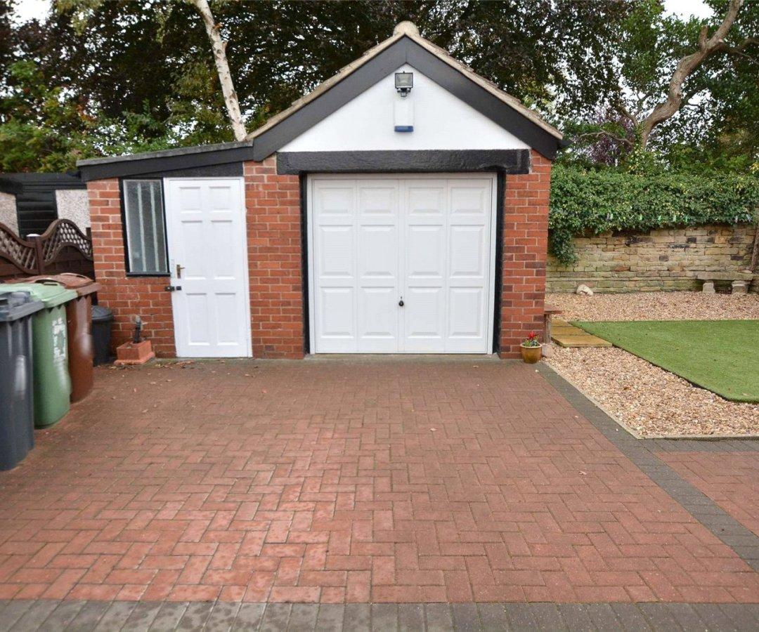Properties For Sale In Hawksworth Estate West Yorkshire Manning