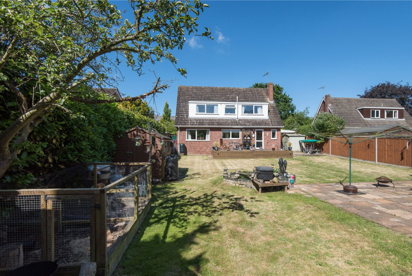 House for sale in Poringland - Langley Road, Chedgrave, Norwich, NR14