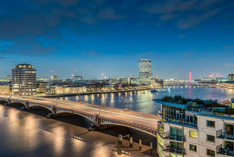 Flat to rent in Kennington - ST GEORGES WHARF, SW8