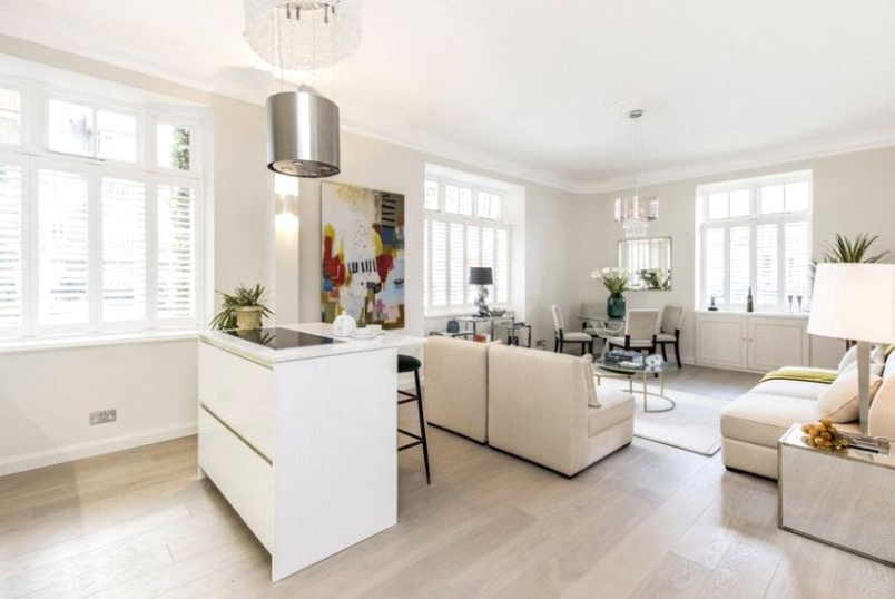Flat/apartment for sale in Knightsbridge & Chelsea - Eresby House, Rutland Gate, London, SW7