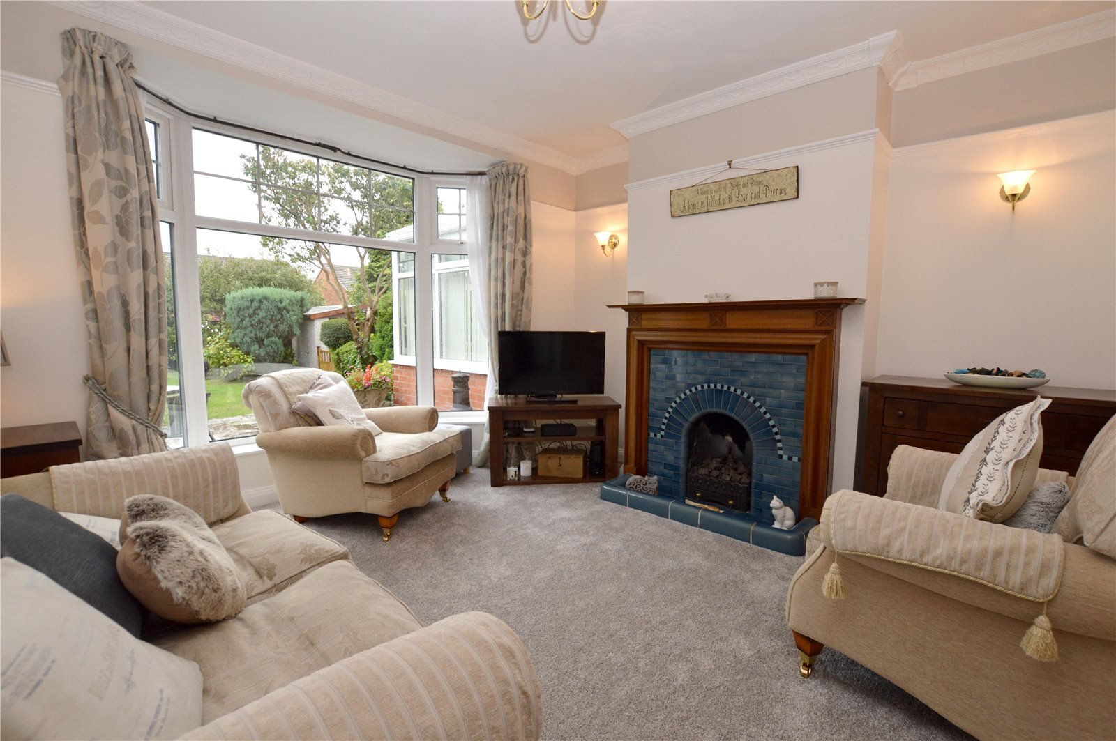 property for sale in Pudsey, interior reception room