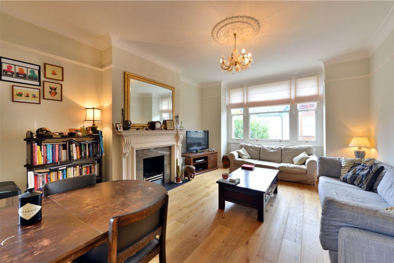 Flat/apartment to rent in Hackney - Kinnoul Mansions, Rowhill Road, London, E5