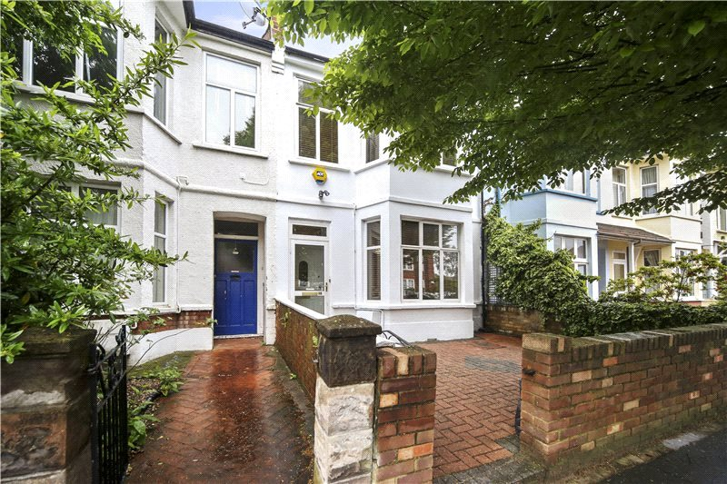House for sale in Hammersmith - Aycliffe Road, Shepherd's Bush, W12