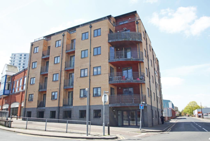 Flat/apartment to rent in Reading - The Chatham, Thorn Walk, Reading, RG1