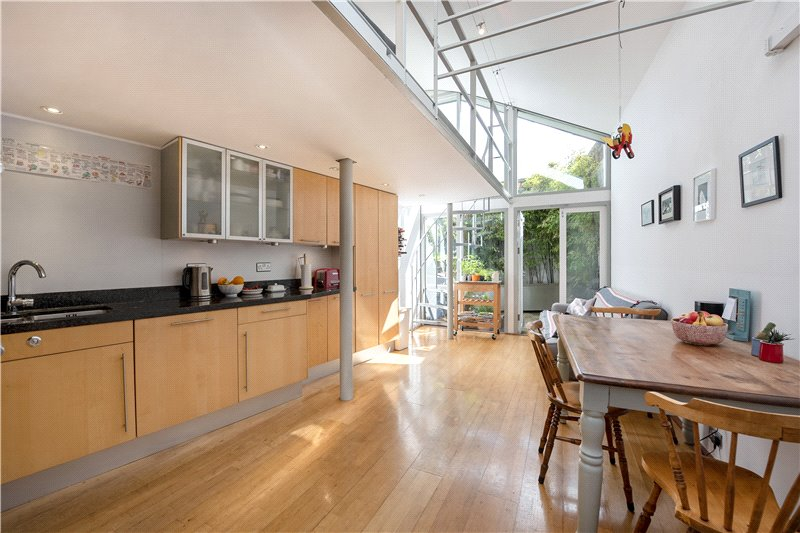 House for sale in Kennington - Kennington Lane, Kennington, SE11