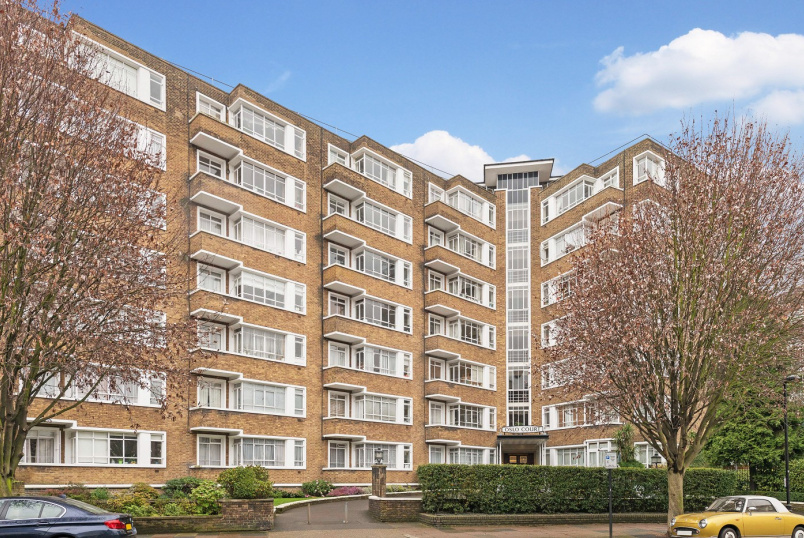 Apartment for sale in St Johns Wood - OSLO COURT, ST JOHN'S WOOD, NW8 7EN