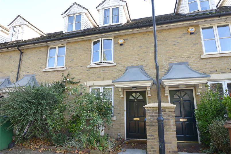 House for sale in Dulwich - Banfield Road, Nunhead, SE15