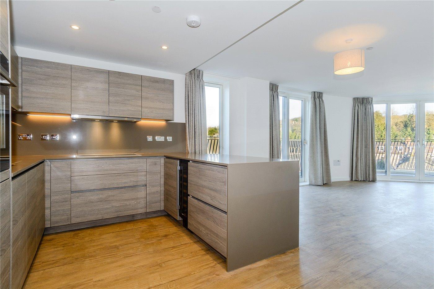 2 Bedroom Bat For Rent | 2 Bedroom Property To Rent In Royal View Victoria Bridge Road Bath