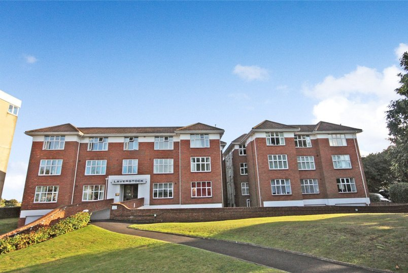 Flat/apartment to rent in Southbourne - Laverstock, Boscombe Cliff Road, Bournemouth, BH5