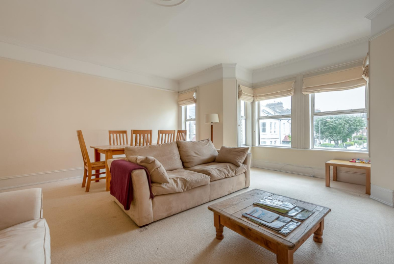 Apartment for sale in Battersea - SISTERS AVENUE, SW11