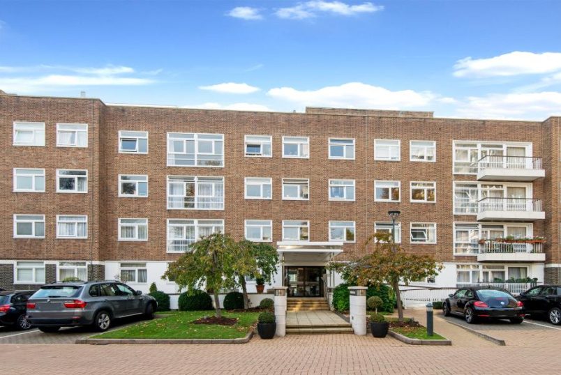 Unspecified for sale in St Johns Wood - WYMONDHAM COURT, ST JOHN'S WOOD NW8 6RD