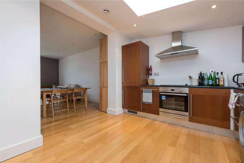 Flat/apartment to rent in Willesden Green - The Oasis, 38 Harlesden Road, London, NW10