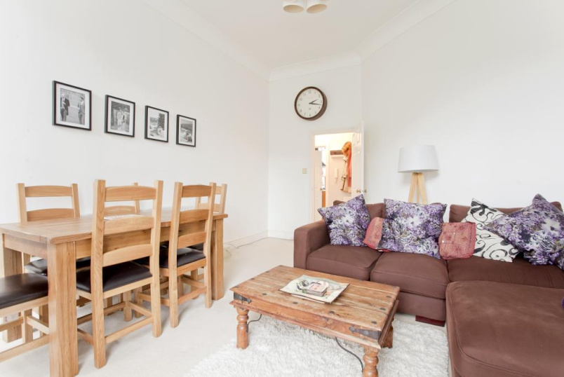 Flat/apartment to rent in Highbury - Highbury New Park, Highbury, N5