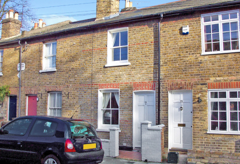 Worple Street, Mortlake, London, SW14
