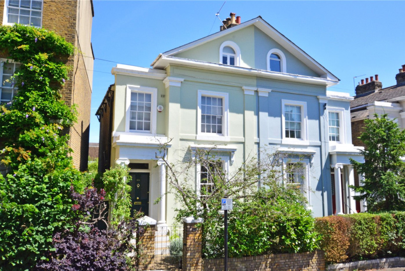 House for sale in Blackheath - Dacre Park, Blackheath, SE13