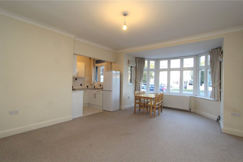 Flat/apartment to rent in Ealing & Acton - Gunnersbury Avenue, Ealing, W5