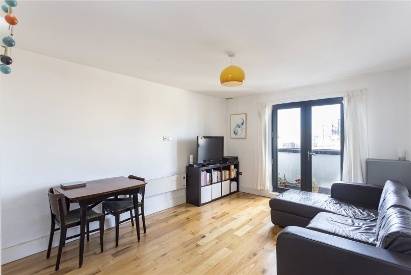 Flat/apartment for sale in Shoreditch - Baltic Place, Hackney, London, N1