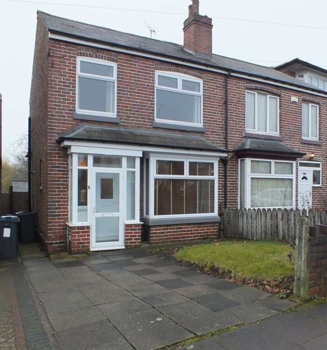 Kitchen Gallery Solihull: 3 Bedroom Semi-detached House To Rent In Gibbins Road