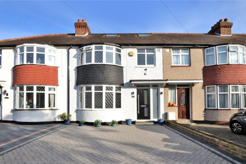 House for sale in Cheam - Marlow Drive, Cheam, Sutton, SM3