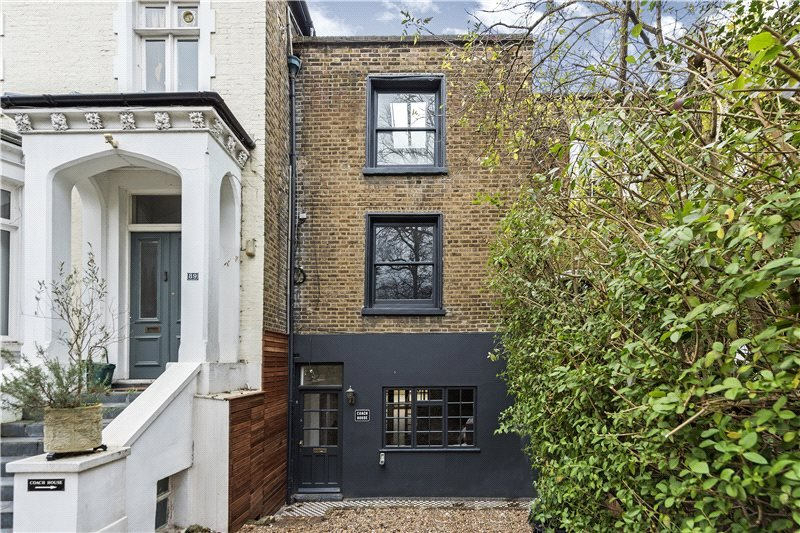 House for sale in Barnes - Castelnau, Barnes, London, SW13