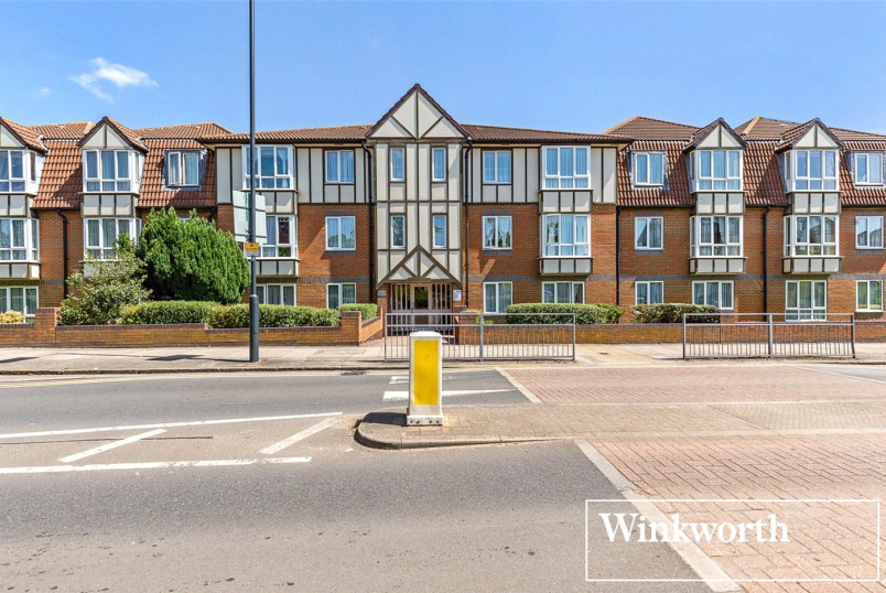 Retirement property for sale in Harrow - Radbourne Court, Draycott Avenue, Harrow, HA3