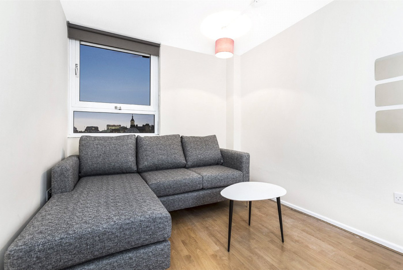 Flat/apartment to rent in West End - Babington Court, Orde Hall Street, Bloomsbury, WC1N