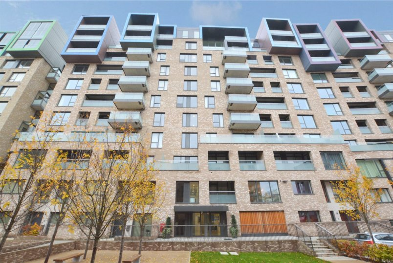 Flat/apartment for sale in Greenwich - Bayliss Heights, 8 Peartree Way, London, SE10